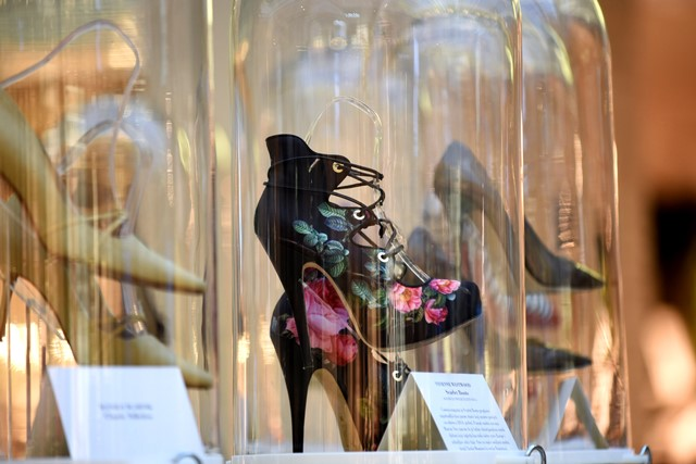 We Love Shoes, Vivienne Westwood