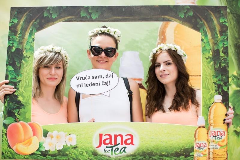 Posjetitelji su ponijeli fotografiju s Janinog štanda za uspomenu