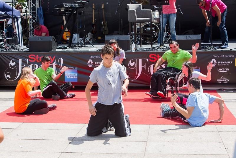 Skupina invalida plesača Nikoline