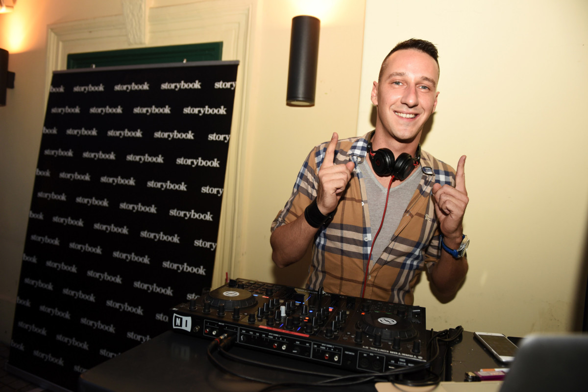 DJ Joe 2 Shine