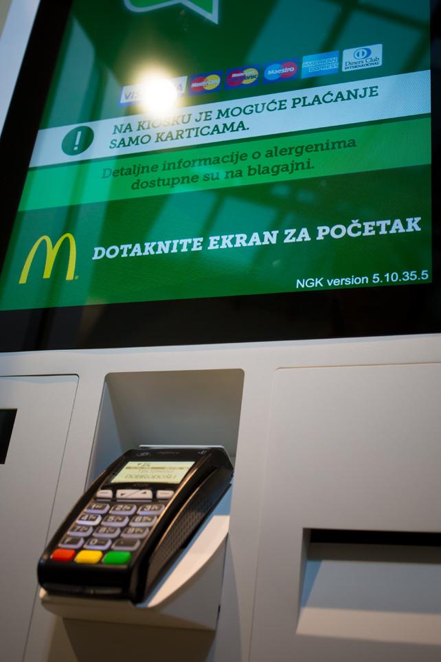 McDonalds_Avenue Mall_2