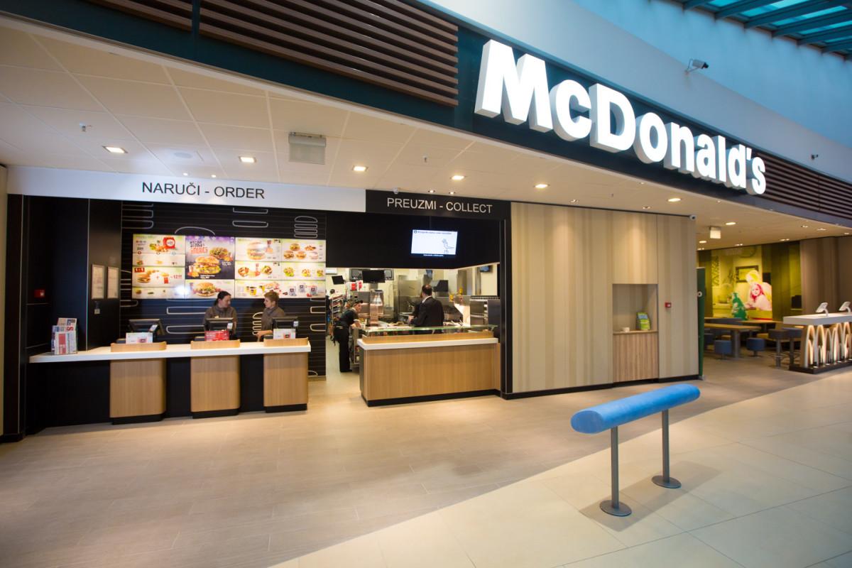 McDonalds_Avenue Mall_5