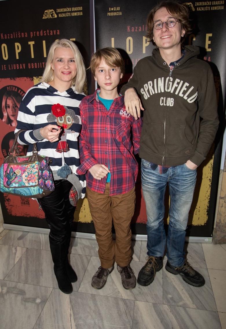 Ivana Plechinger sa sinovima Vigom i Janom