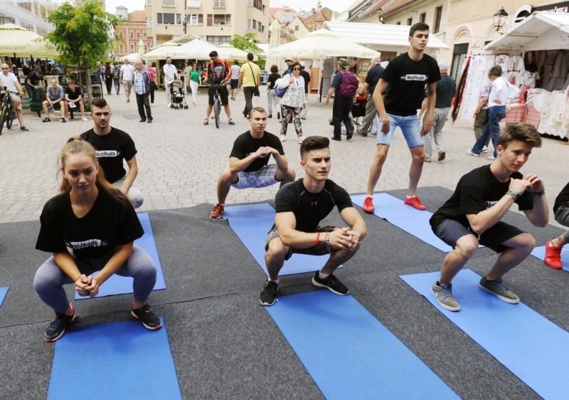 Trening vlastitim tijelom u izvedbi kondicijskog trenera Marina Bašića