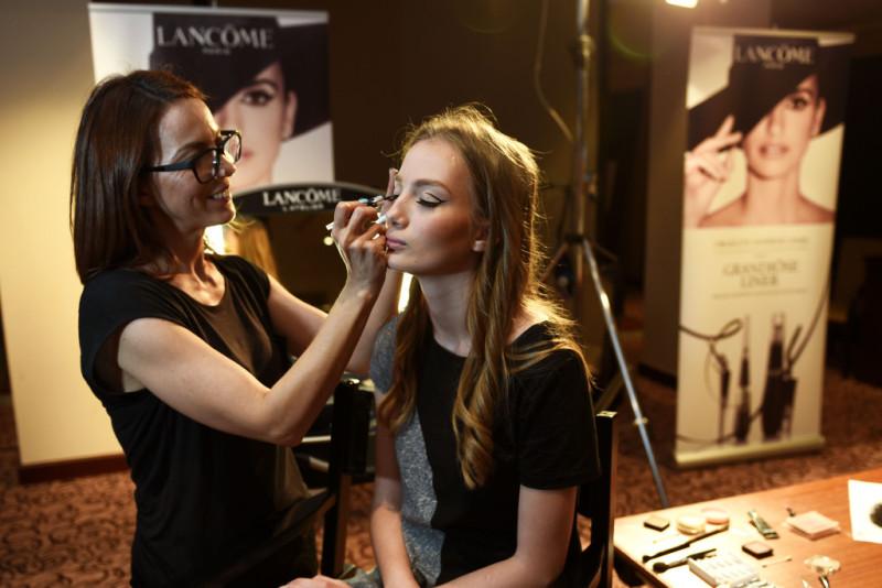 Make-up-modela-potpisala-je-Ivana-Lisak-sluzbena-regionalna-make-up-vizazistica-za-Lancome-800x534