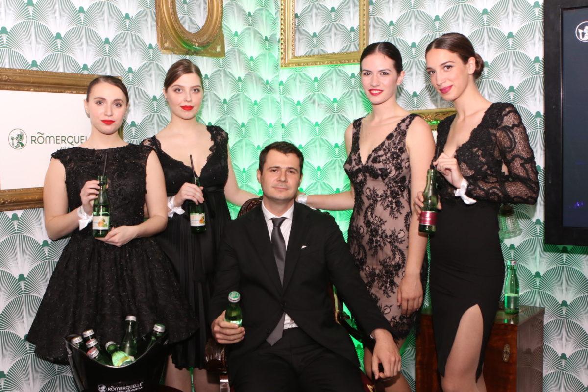 Predivne Römerquelle hostese i Stoyan Ivanov, direktor franšize Coca-Cola Adria & Bugarska