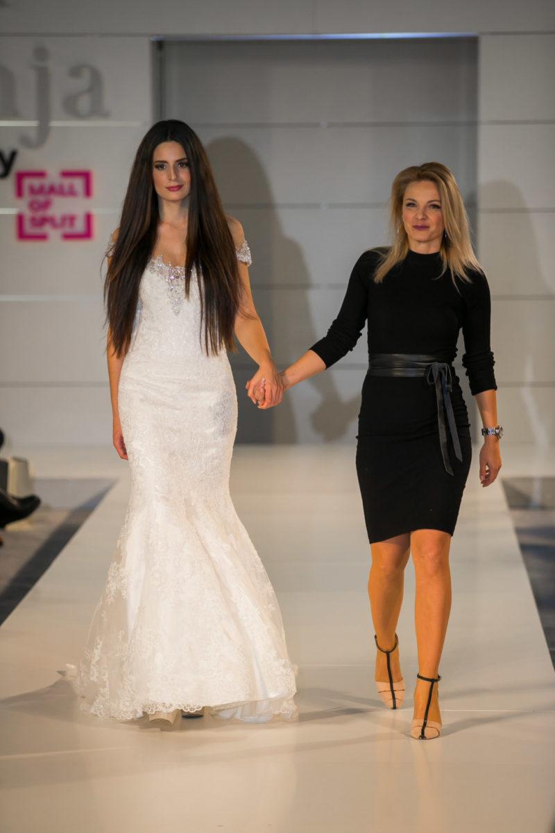 Miss Adriatic turizma Hrvatske 2015. Suzana Violić i Antina Palada u haljinama s potpisom Vjenčanice Lipoto moja