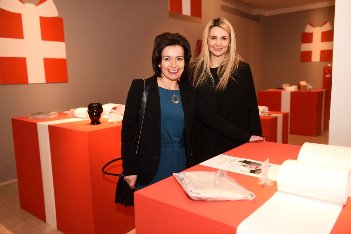 Mirka Jozić, Pročelnica Gradskog ureda za gospodarstvo, rad i poduzetništvo i Ivona Čulo, generalna direktorica AMZ