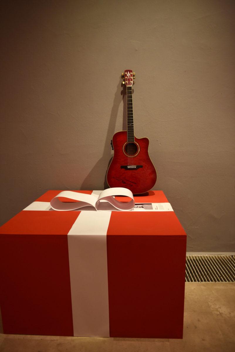 Poklon s pricom - MUO_RG (41)