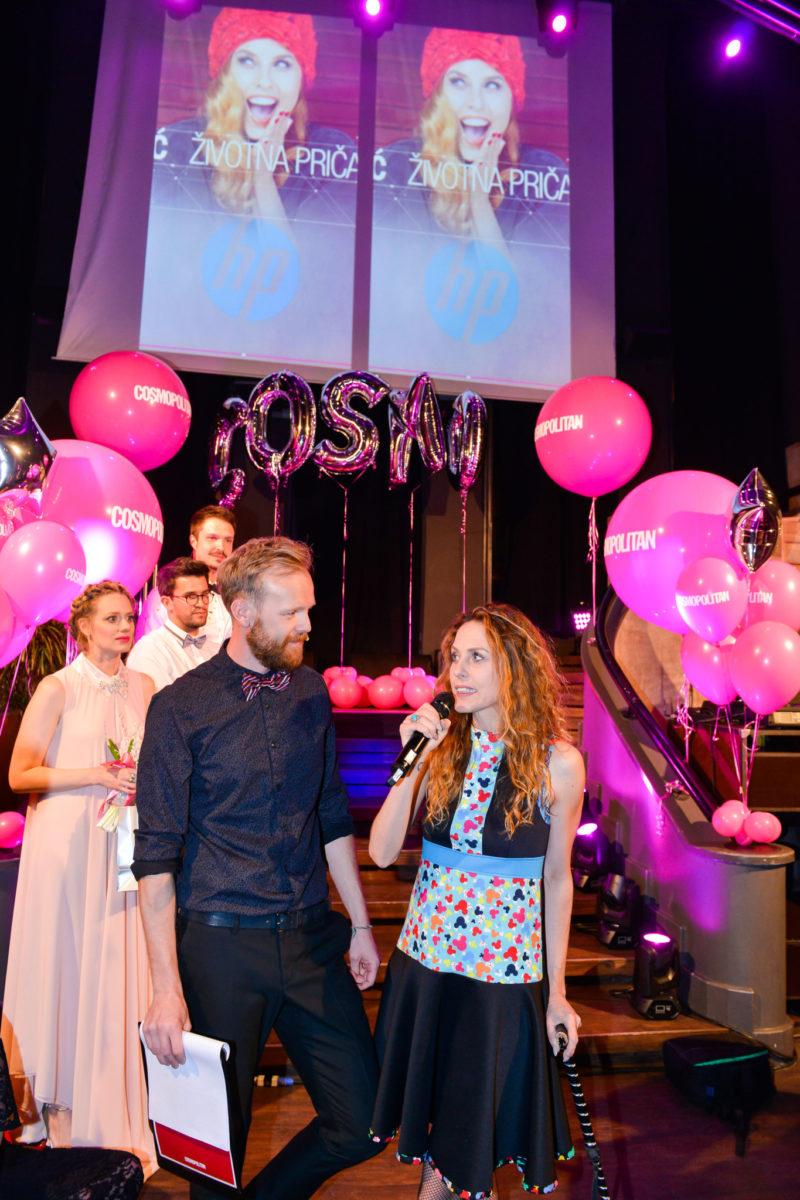 Anđa Marić primila je nagradu u kategoriji COSMO životna priča powered by HP